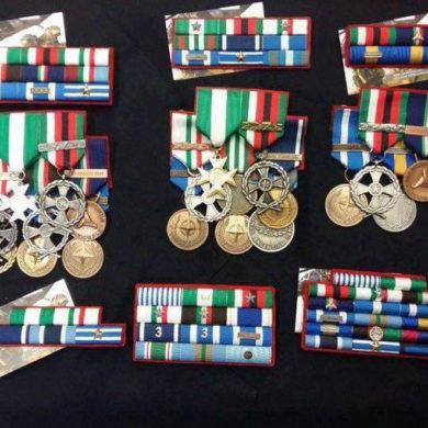 Nastrini e medaglie